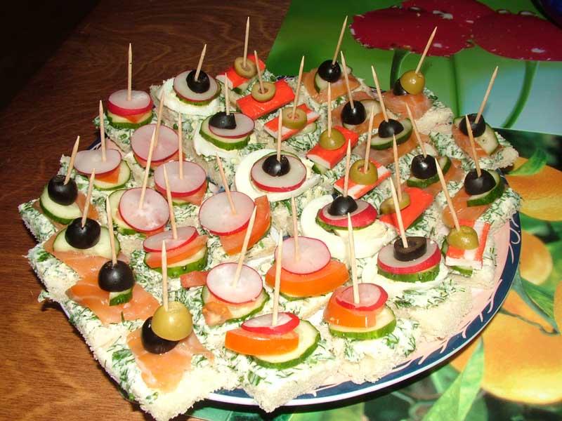 бутерброды на зубочистке рецепты с фото